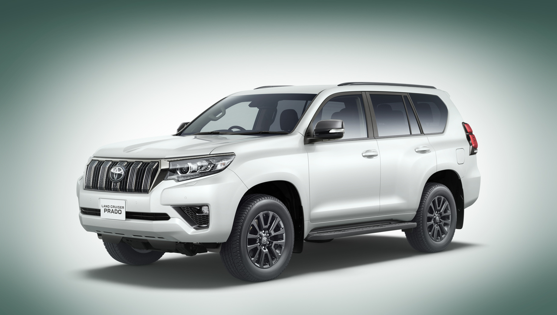 Дизельная Toyota Land Cruiser Prado стала мощнее